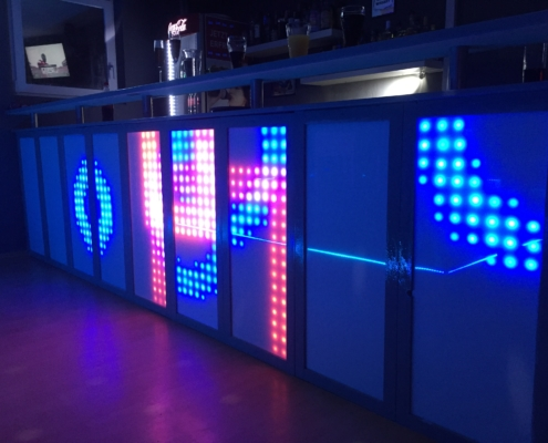 blinkende-lichter led bar mit blauem muster
