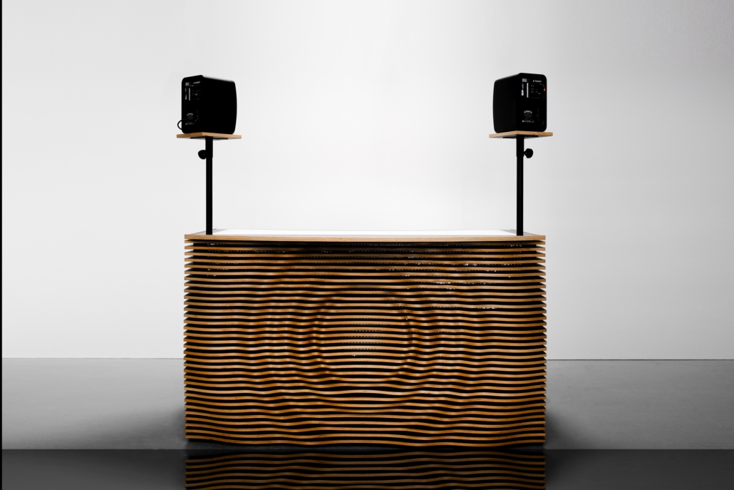 blinkende-lichter soundwave dj table mit sound front